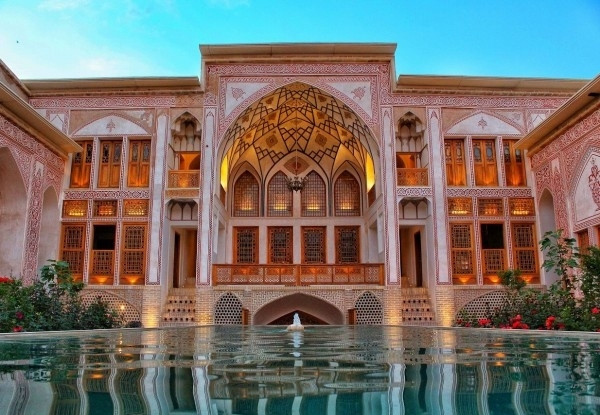 هتل-مهینستان-راهب