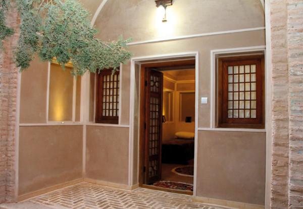 هتل اقامتگاه سنتی ایوان