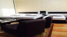 هتل آوازه